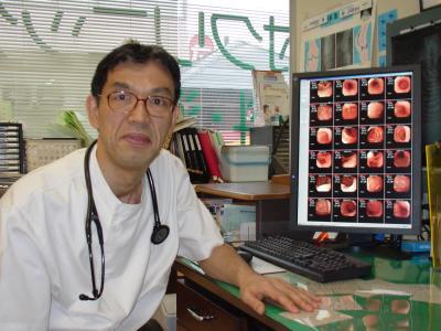 院長診療中(患者さんにわかりやい画像診断システム)